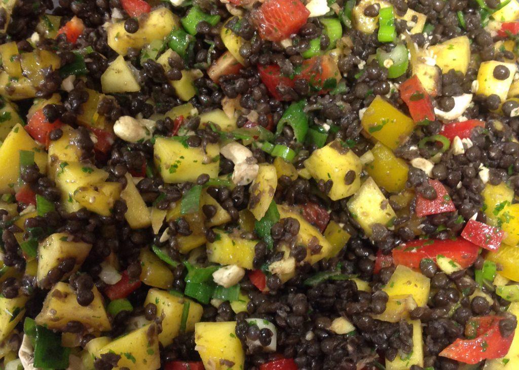 Linsen-Mango-Salat mit Curry Ruebli