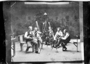 Paul Klee und Musiker 1930